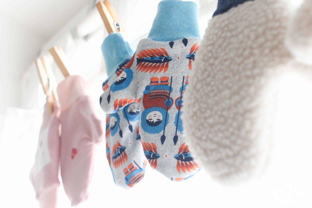 Anleitung für Kinder-Handschuhe - einfach selber maßschneidern ...