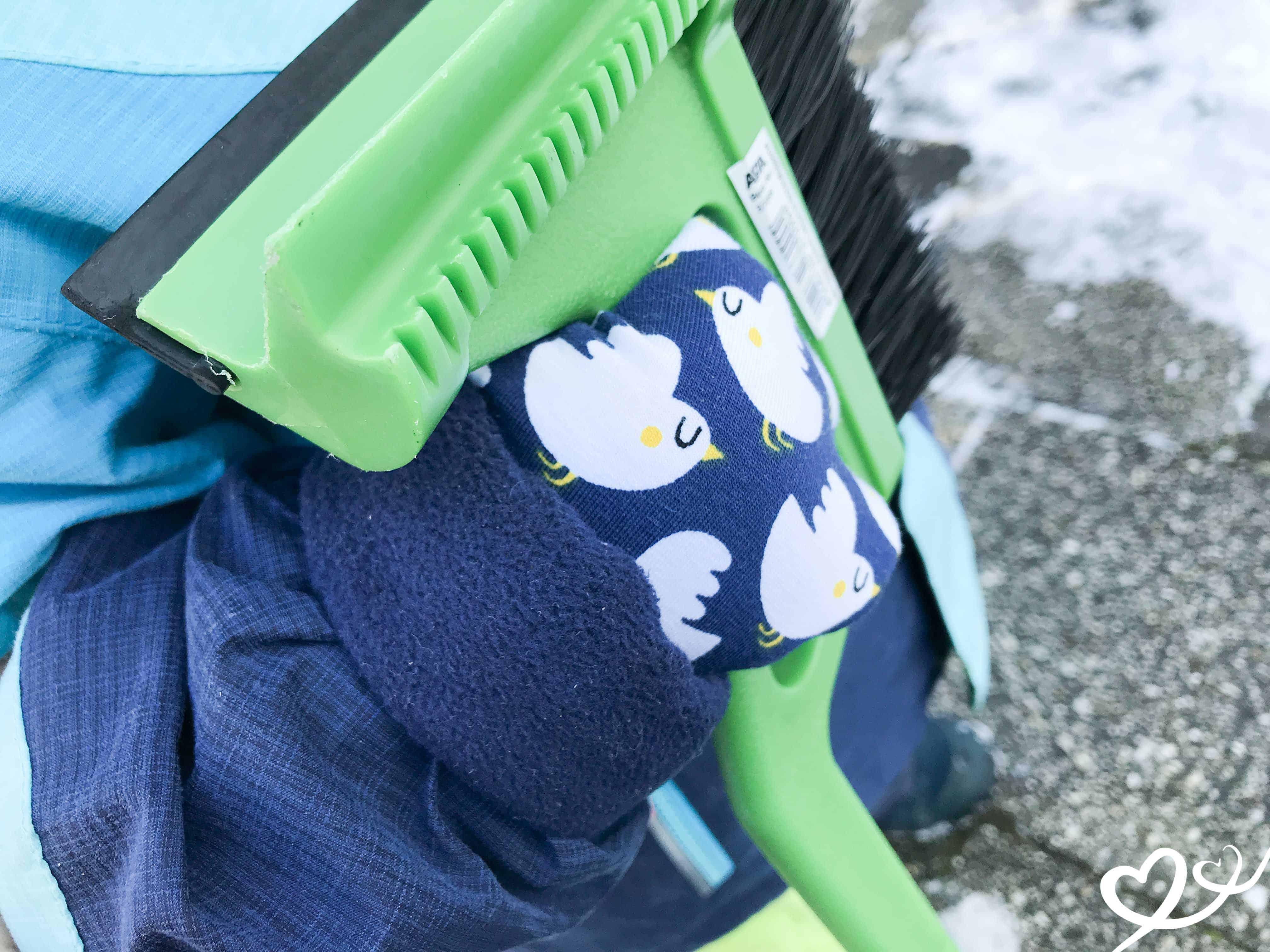 Anleitung für schnelle maßgeschneiderte Handschuhe für Kinder, Babys und Erwachsene. In zwei Varianten - einfach oder gefüttert zum Wenden! Mamas Sachen | Nähen | Anleitung | Handschuhe | Fäustlinge | schnell | wendbar | Schnittmuster | Winter